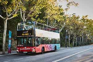 Bus touristique Barcelone station Miramar
